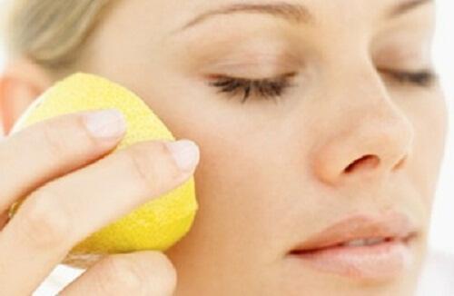 citron points noirs