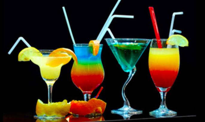 12 indications pour conna tre les calories dans nos cocktails pr f r s. Black Bedroom Furniture Sets. Home Design Ideas