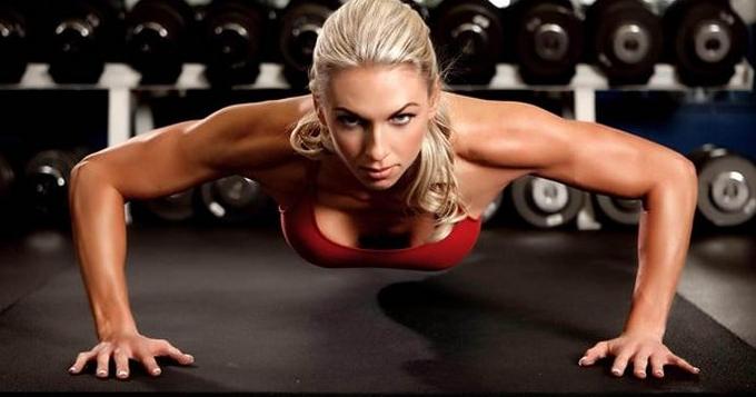 Pratiquer des exercices pour faire grossir ses seins