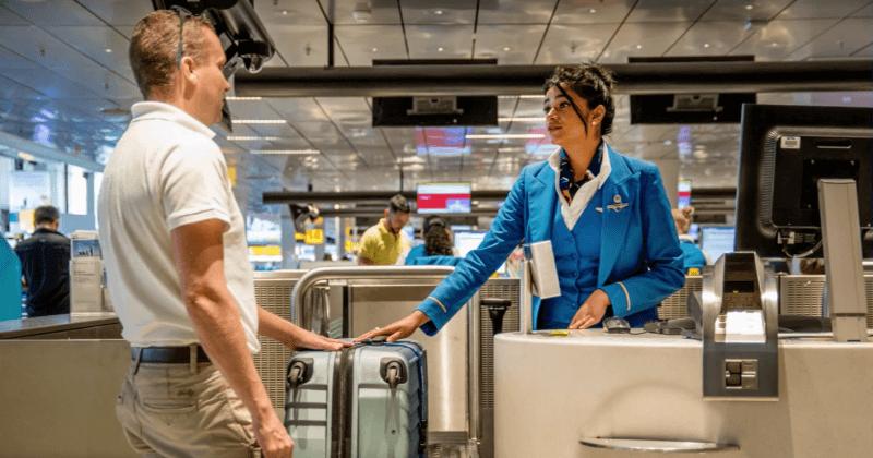 Prendre une photo de ses valises avant le voyage en avion