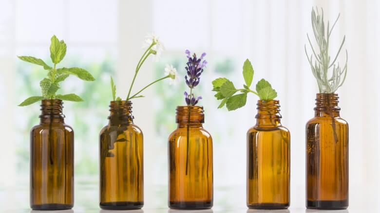Utilise des huiles essentielles