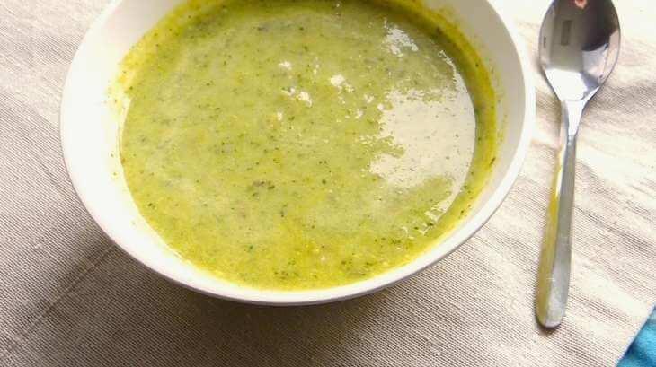 soupe de légumes verts