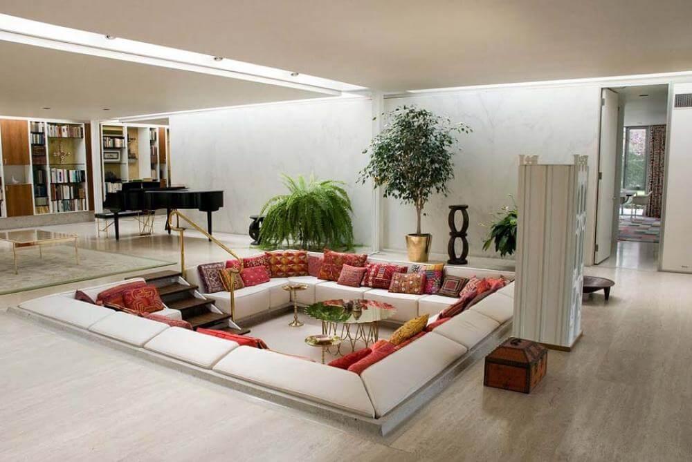 salon avec fosse intérieure moderne