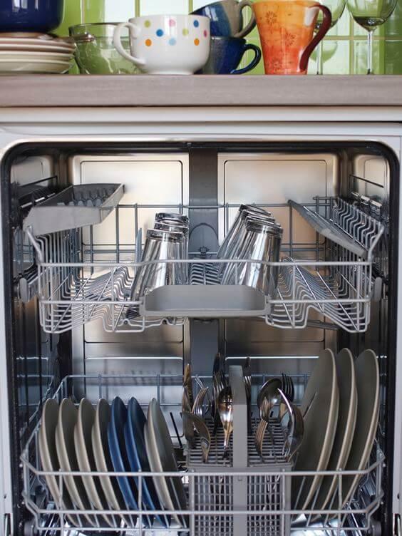 lave vaisselle à l'eau oxygénée