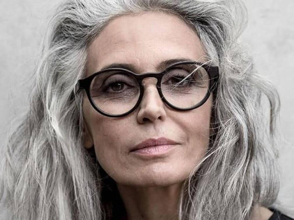 cheveux-gris-tendance