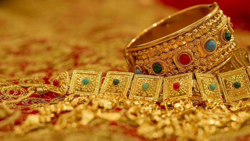 bijou en or-bracelet