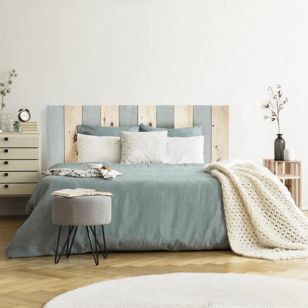 tête-de-lit-bois-et-pastel