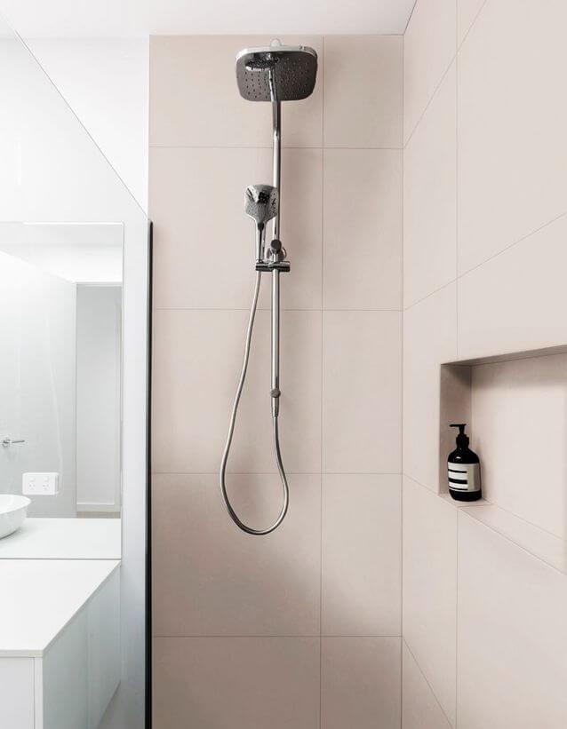 niche-dans-la-douche